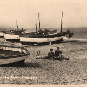Fishing-Boats-on-Beach-date-unknown.jpg